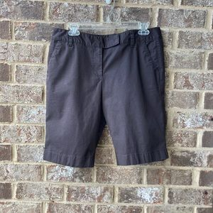 Ann Taylor brown signature fit shorts size 8
